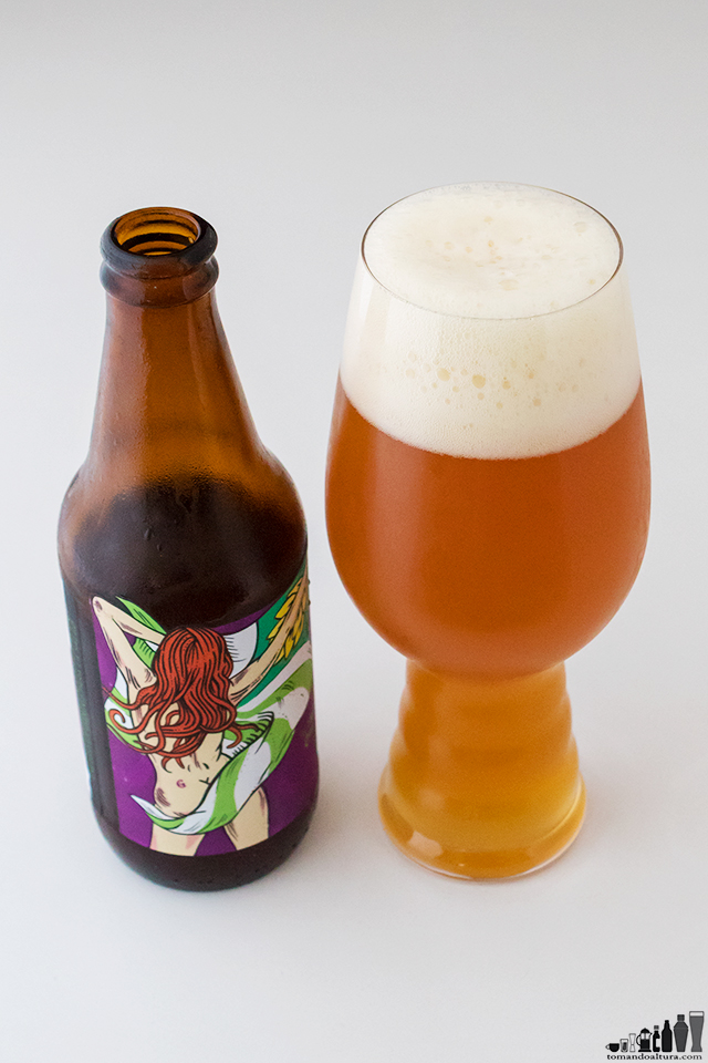 ipa-day: LOCA CALATA; Estilo: New England IPA; Alcohol por Volumen : 7,8 %
