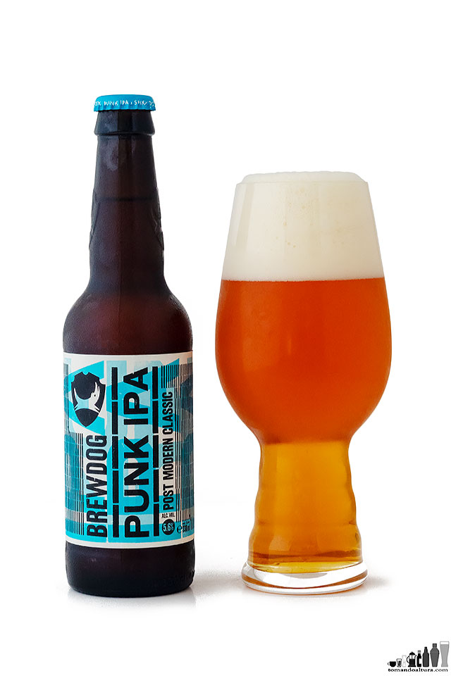 Brewdog Perú: Punk IPA está disponible en botellas de 330 ml y en latas de 500 ml.