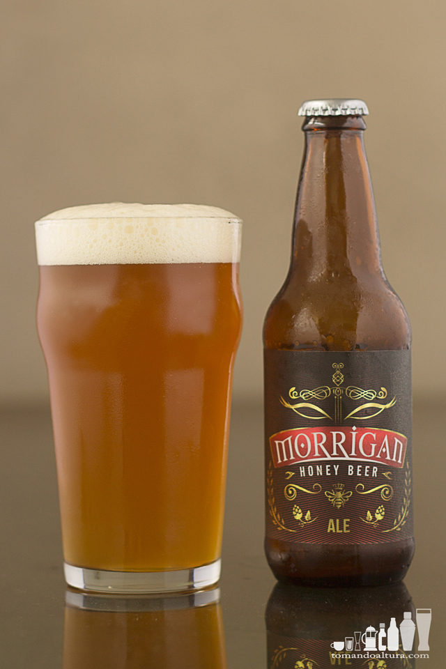 specialty beer: Alcohol por Volumen: 5,5 % | Color: 6 SRM aprox. | Amargor: 35 IBU aprox.