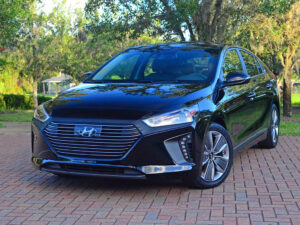 best car for uber: Hyundai Ioniq Hybrid