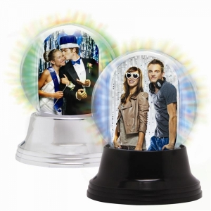 NE Mini Light Up Snow Globe 2795group2.jpg
