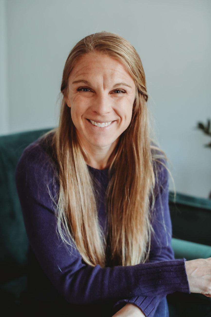 Lindsay Gades Therapist