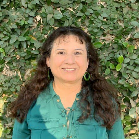 Valarie Rahbany Volunteer and foster coordinator