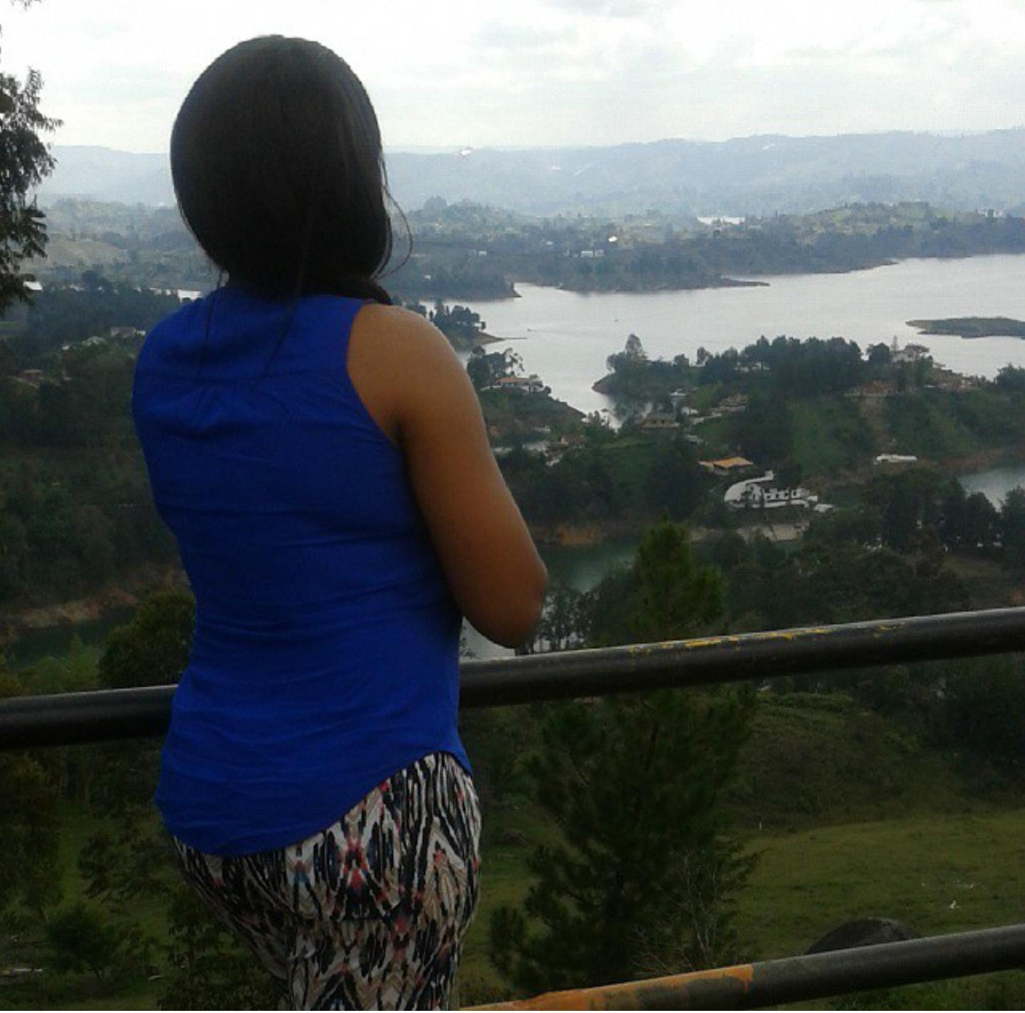 girl-looking-at-lake