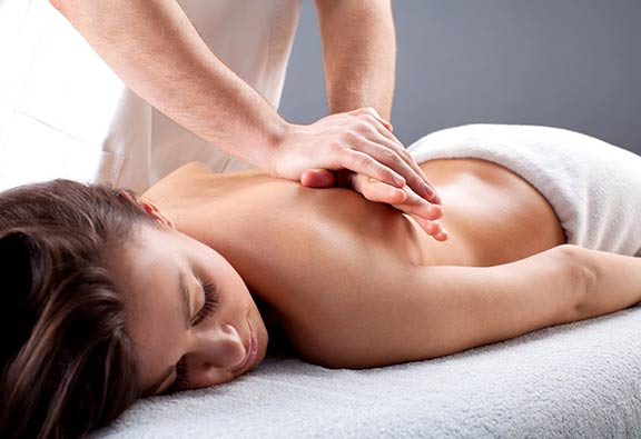tampa massage therapist, top massage tampa, best tampa therapeutic massage, where to get therapeutic massage tampa, tampa rehab massages, tampa top chiropractor, chiropractic clinics tampa, best wesley chapel massage