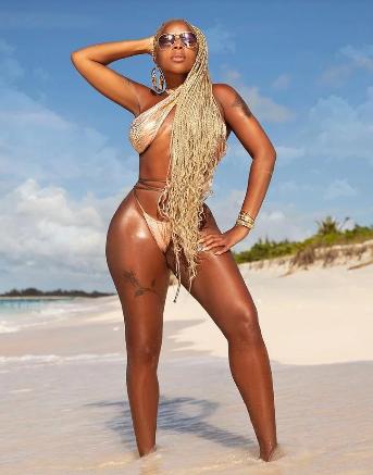 Mary J. Blige Celebrates Turning 50 on the Beach