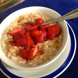 Summer Porridge Starring Strawberries