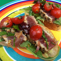 Seared Tuna Crostini with Summer Herbs and Tomatoes