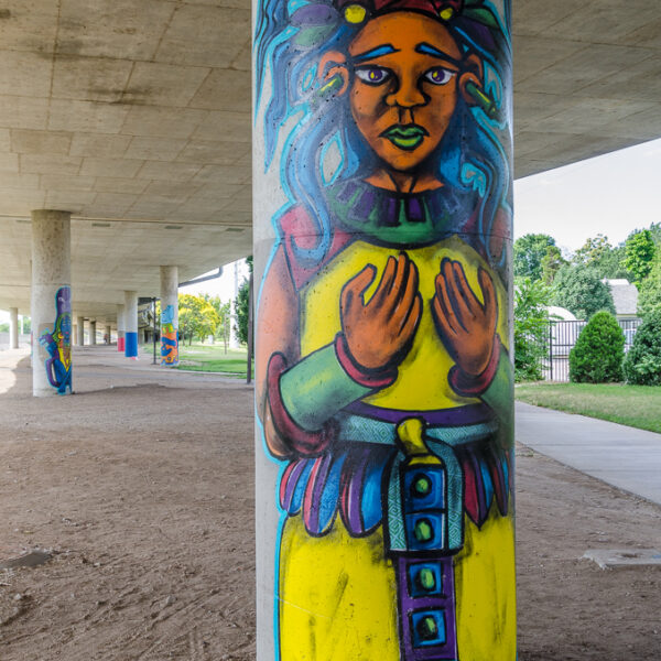 Guardians - overpass columns at Douglas Avenue - by ICT Army of Artists - photo from 2016