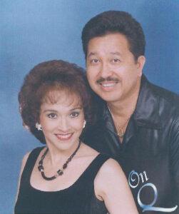 Taina & Les Passmore- Hawaii Hula
