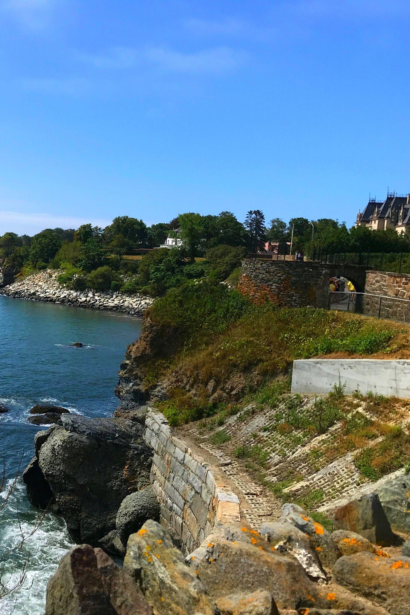 Cliff Walk in Newport Rhode Island-14