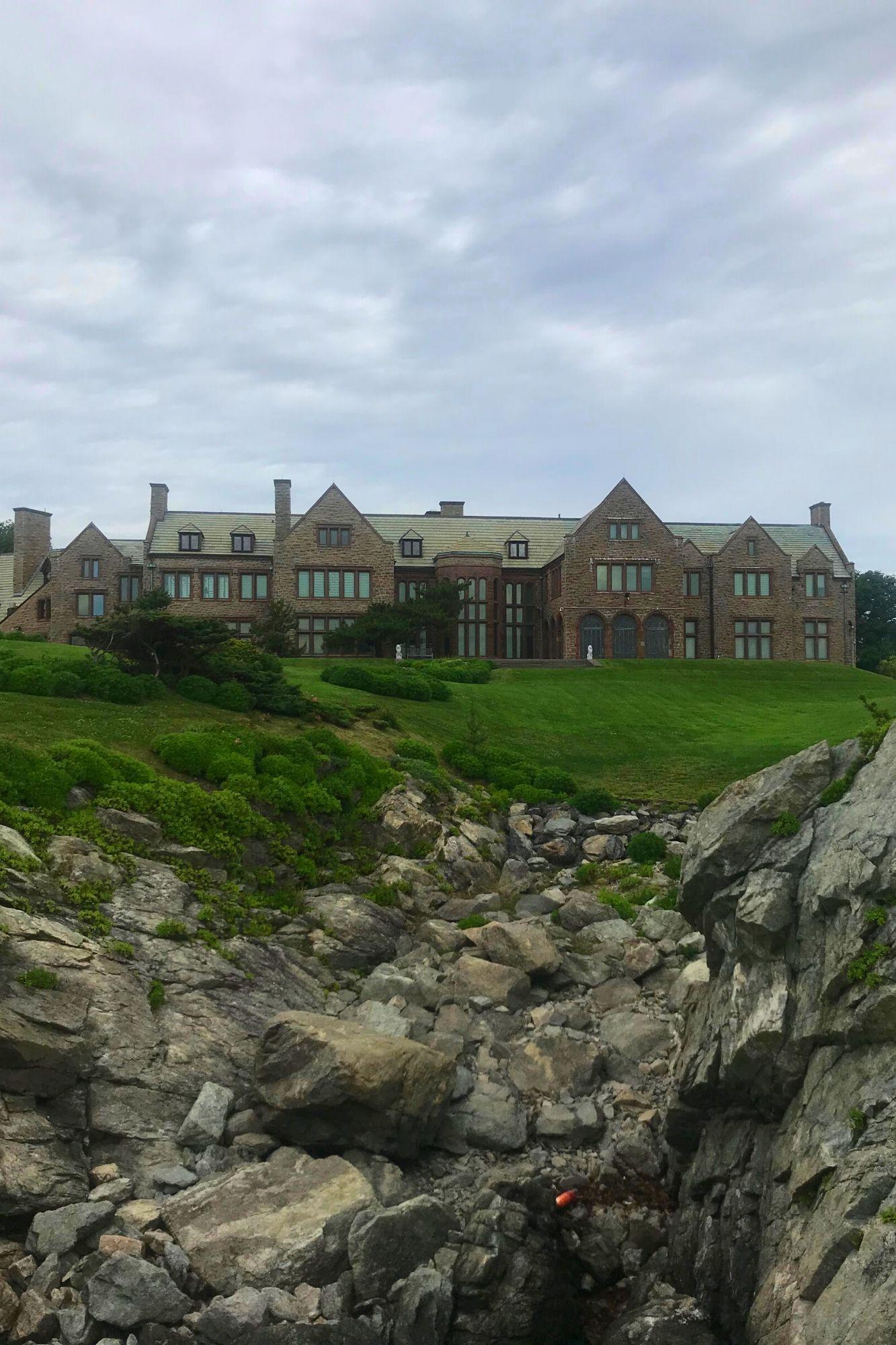 Cliff Walk in Newport Rhode Island-29