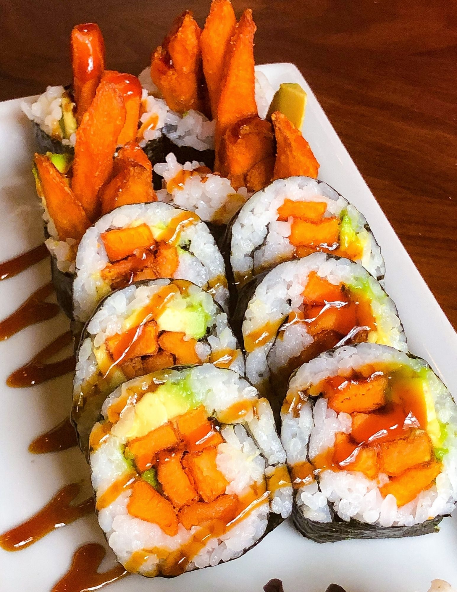 Places to eat on Nantucket Bar Yoshi Sushi and Raw Bar Gallery-7