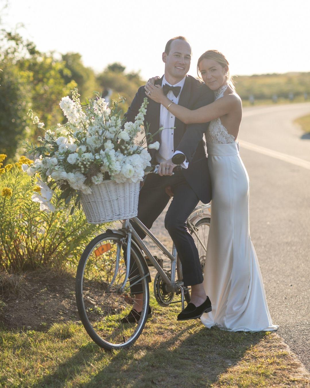 Marthas Vineyard Fall Wedding Shay and Andrew GALLERY-19