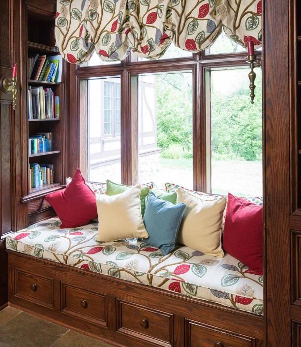 Window Nook - Lakeside Living