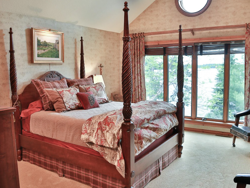 Lakeside-Living_Manitowish-Waters_Northwoods-WI_Bedding-Basics_Ornate-Bed_Large-Windows_Neutral-Quilt_Plush-Duvet_Throw-Pillows