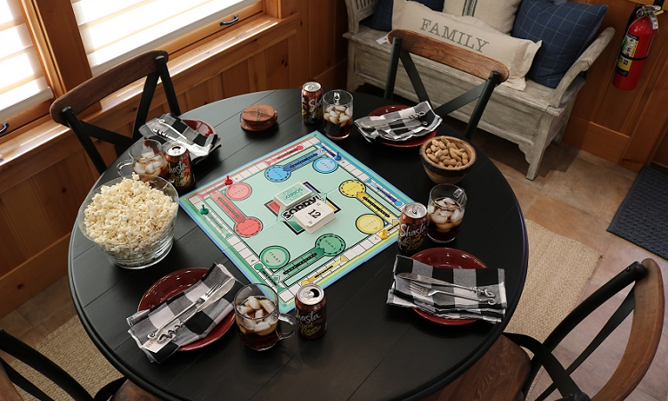 Lakeside-Living_Manitowish-Waters_Northwoods-WI_Blessings-of-Life-at-the-Lake-This-Crazy-Year-in-Review_Game-Night-Place-Settings