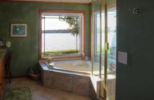 Aspinwall Master Bathroom