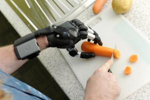 Cutting vegetables using i-limb Digits