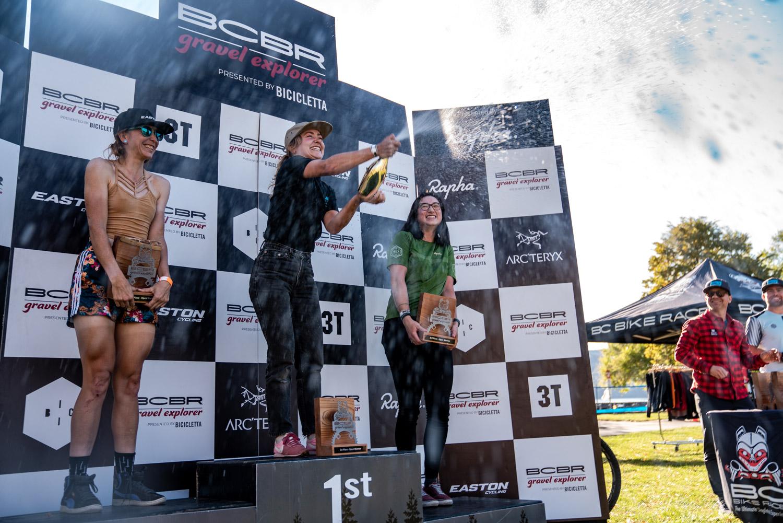 Women's podium stenberg-web-06756