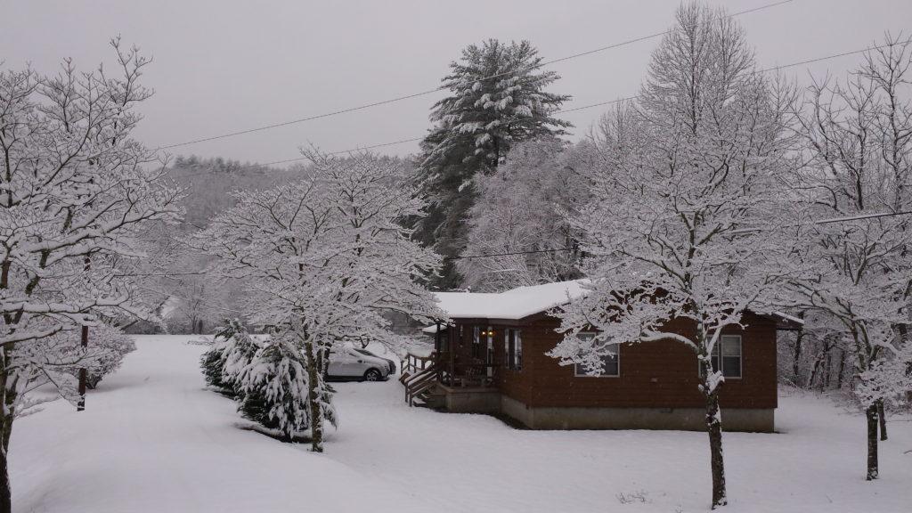 Tuck Cabin Winter