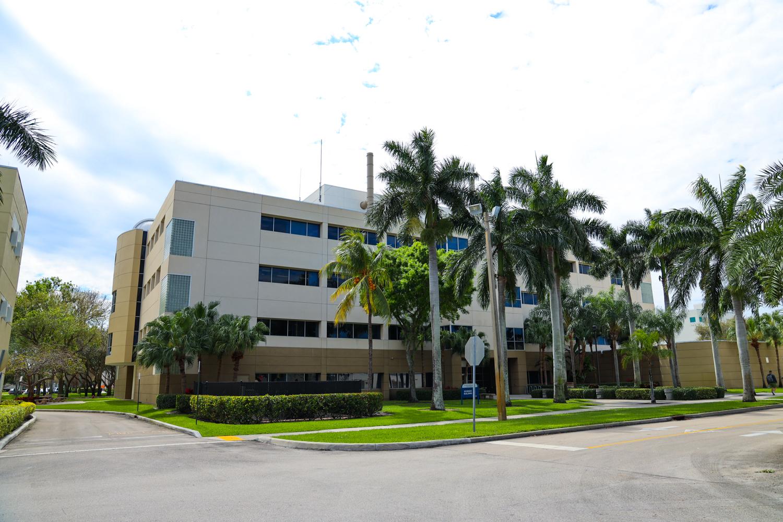 FAU Charles E. Schmidt College Of Science | Boca Raton, FL