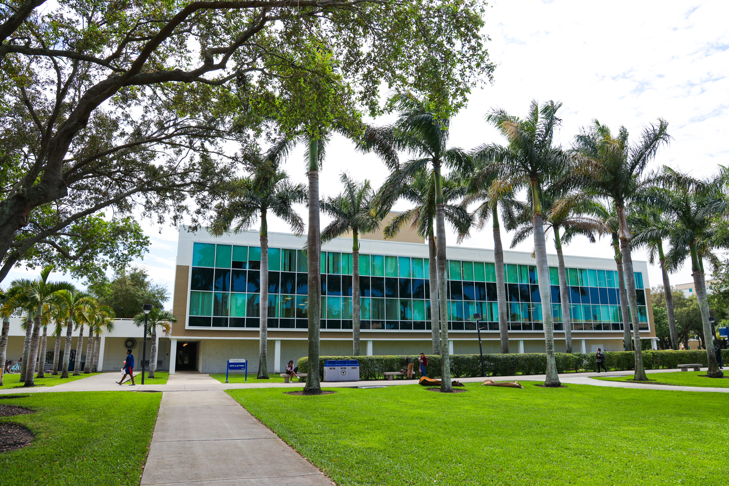 FAU College of Arts & Letters