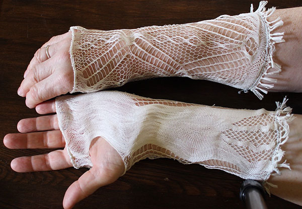 Sprang gloves by Carol James