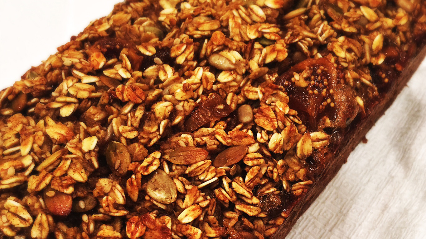 a pure life nutrition oatmeal bread