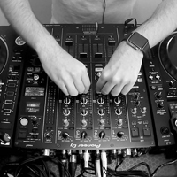 Charli XCX feat Troye Sivan – 1999 (Club Mix)