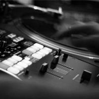 Yandel feat ROBB – Dem Bow (2020 ReWork)