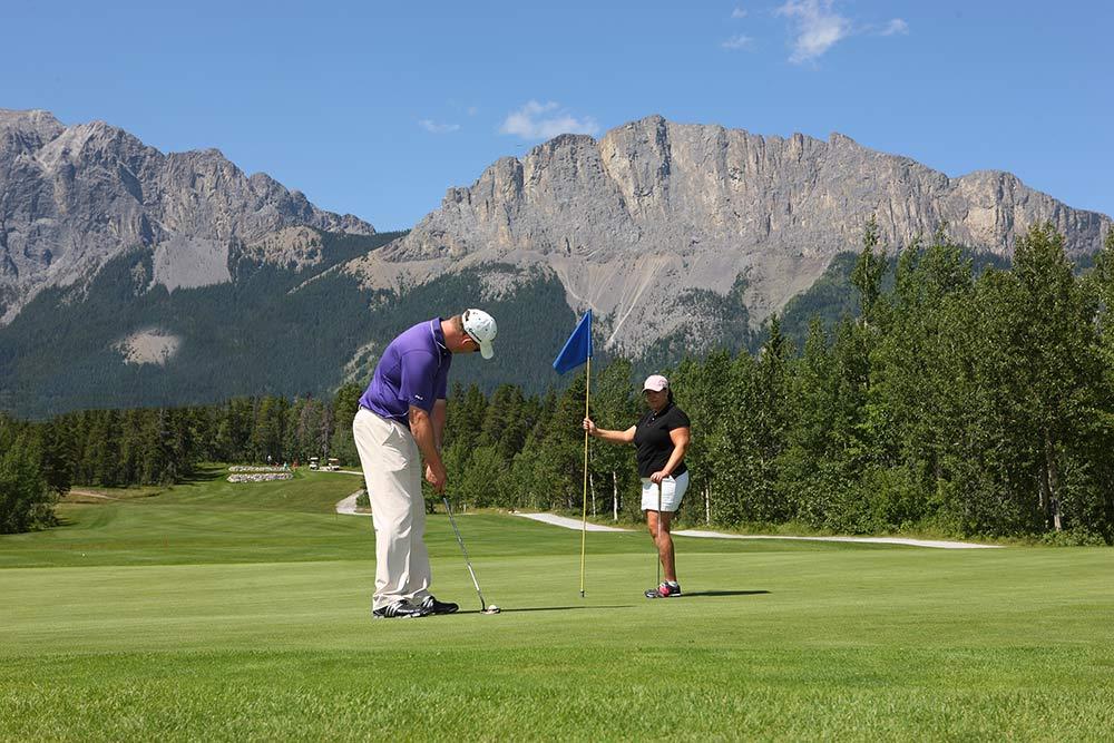 Brewster's Golf, Kananaskis Ranch - Golfers enjoying golf.