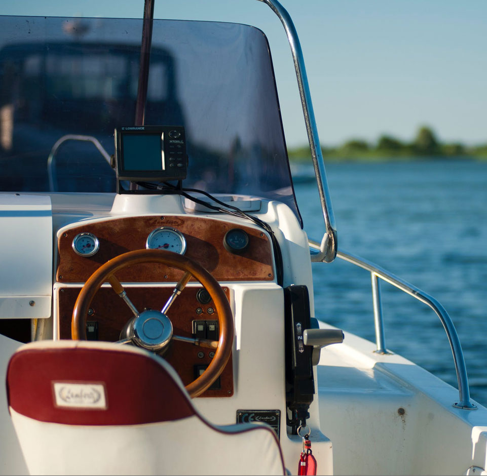 Huber Auto & Boat Tops
