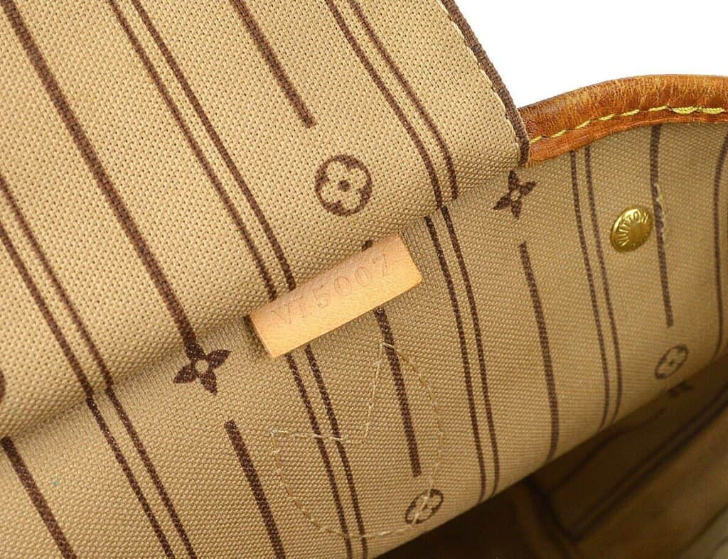 louis vuitton liner and tag