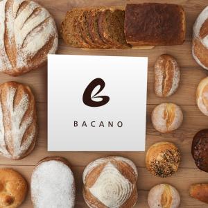 <span>Bacano</span><i>→</i>