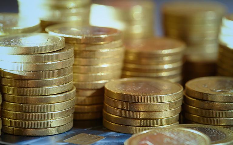 Collections-&-Debit-Management