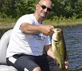 Home - Bear's Den Lodge - Fishing French Riverimage