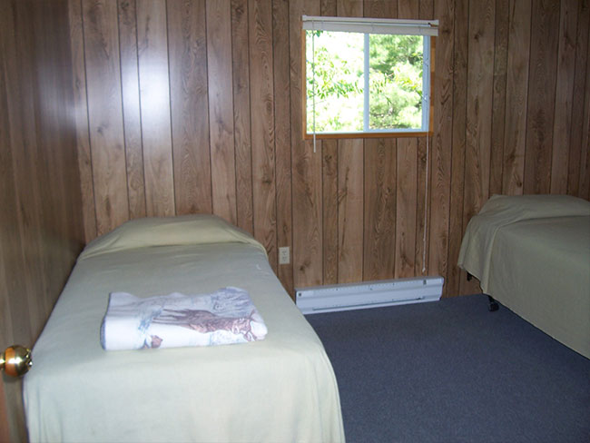 French River housekeeping cottage accommodation