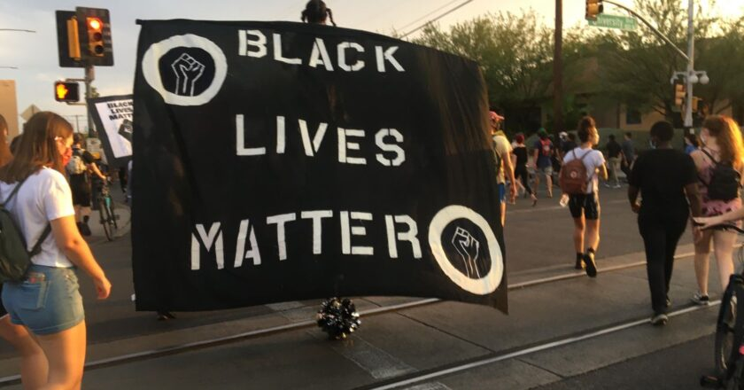 """""""Decriminalize Black Lives"""" Protest Held at UArizona's Old Main"""