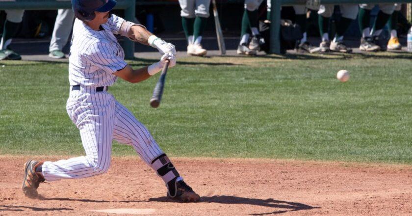 Ballesteros Hits Walk-Off RBI Single as Aztecs Baseball Sweeps Yavapai College