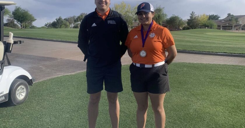 The lone golfer: Victoria Peña returns with a more robust team this season
