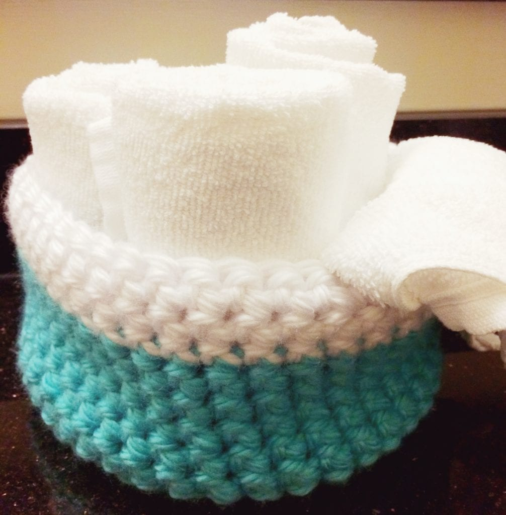 Large chunky crochet basket