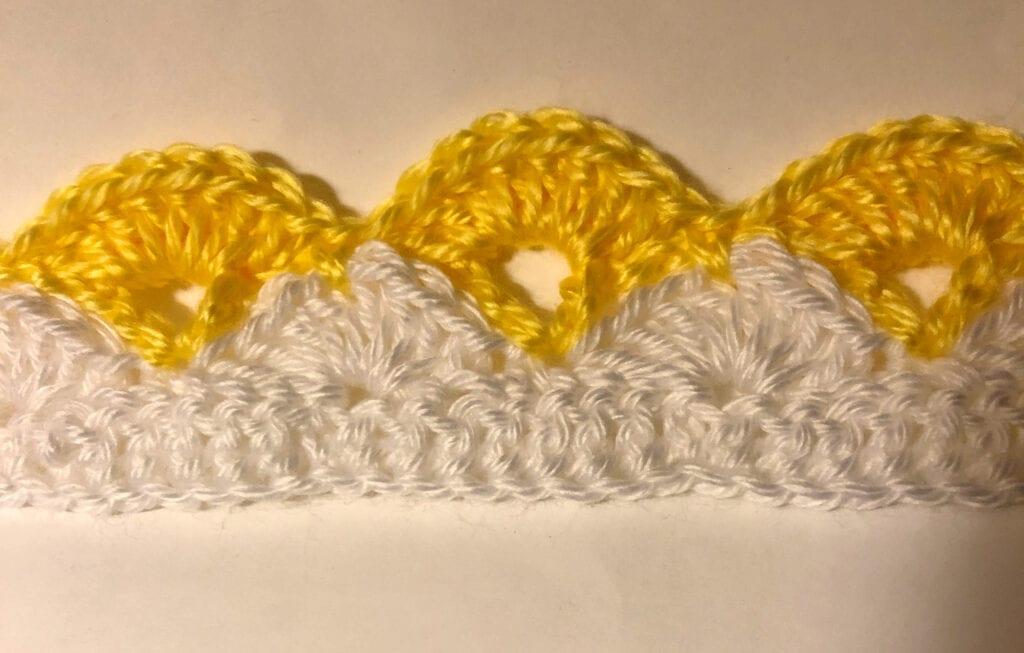 Beginning Few Rows of Lacy Shells Blanket