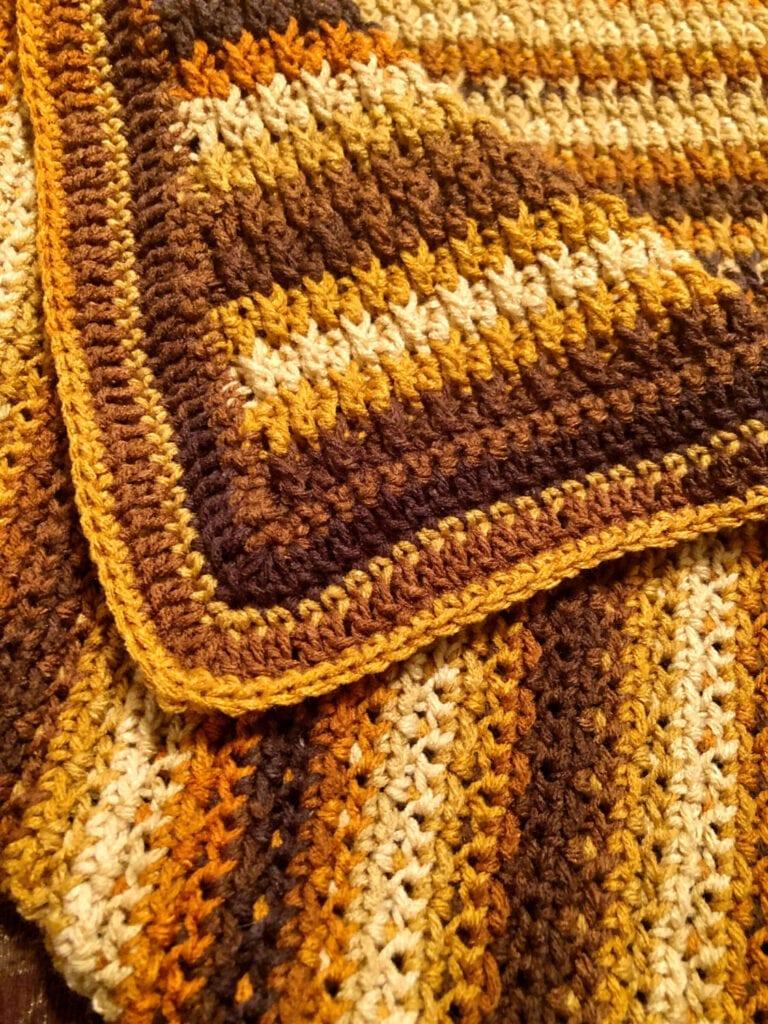 Easy Crochet Border close-up