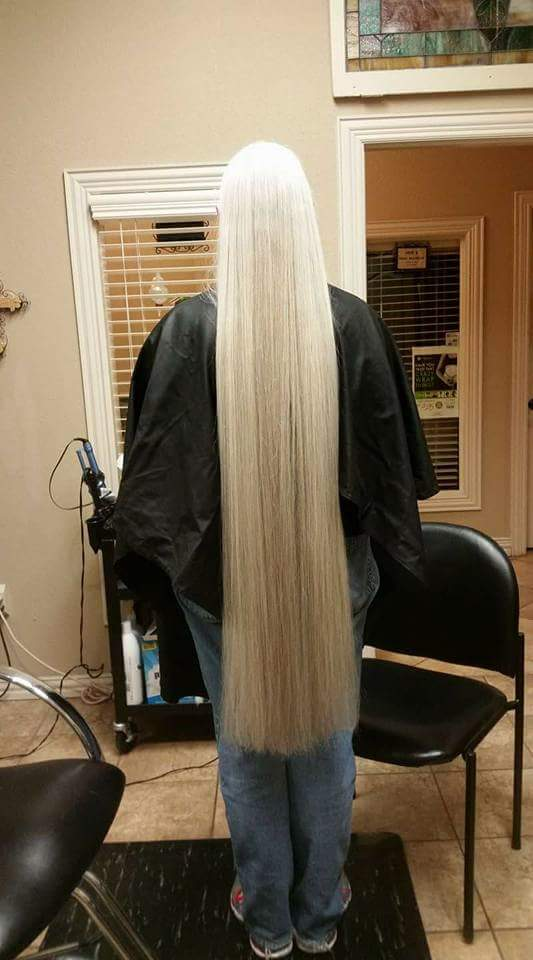 Vicky hair length before the cut for Locks of Love