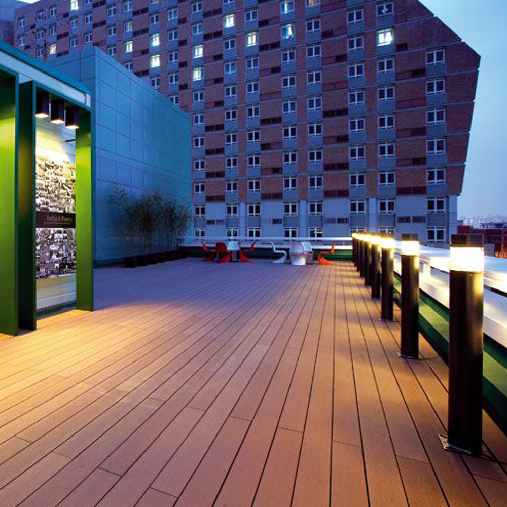 Product_tile_Decking_2