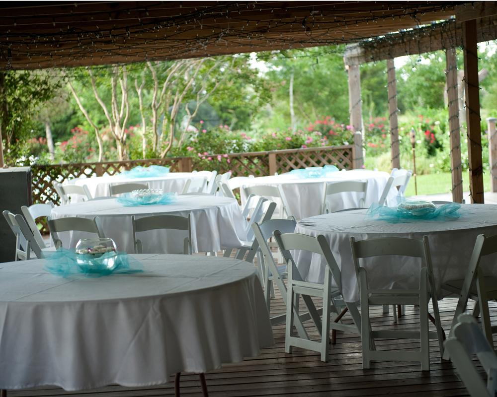 DIY Farmhouse Wedding Reception Venue