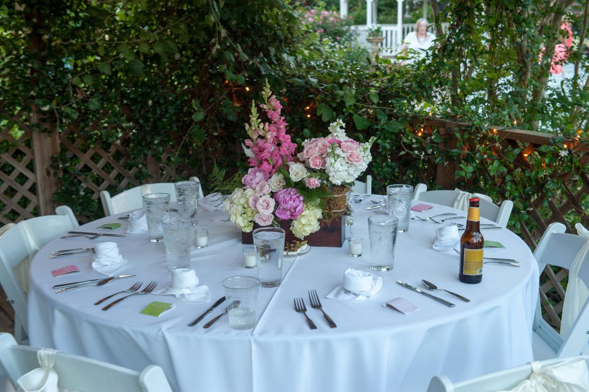 Country Chic Farmhouse Wedding Venue