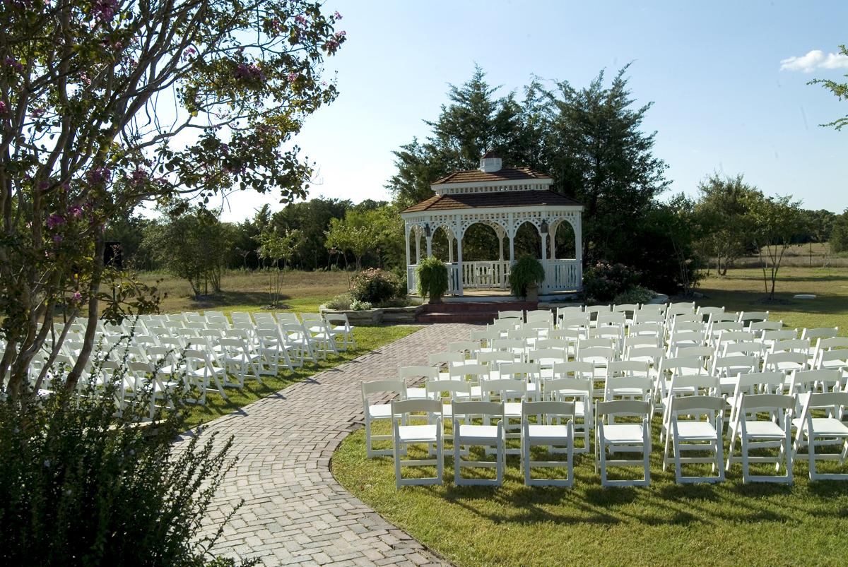 Outdoor Gazebo Ceremony