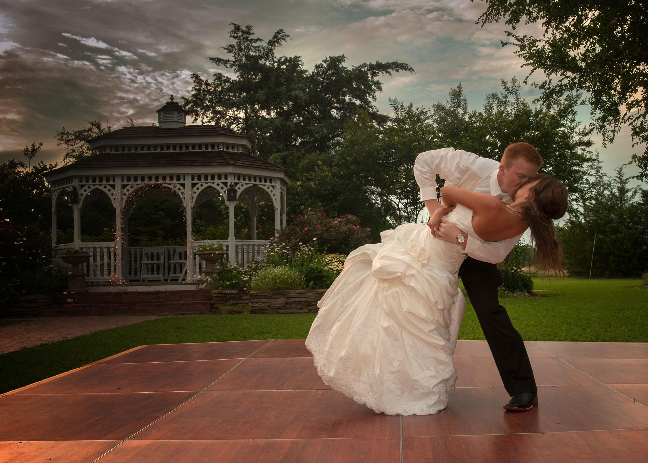 outdoor wedding venue packages
